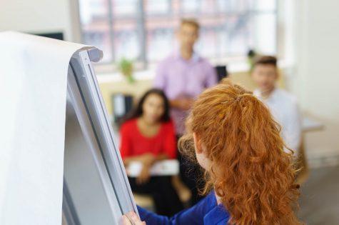Por que investir no treinamento de funcionários para o seu consultório?